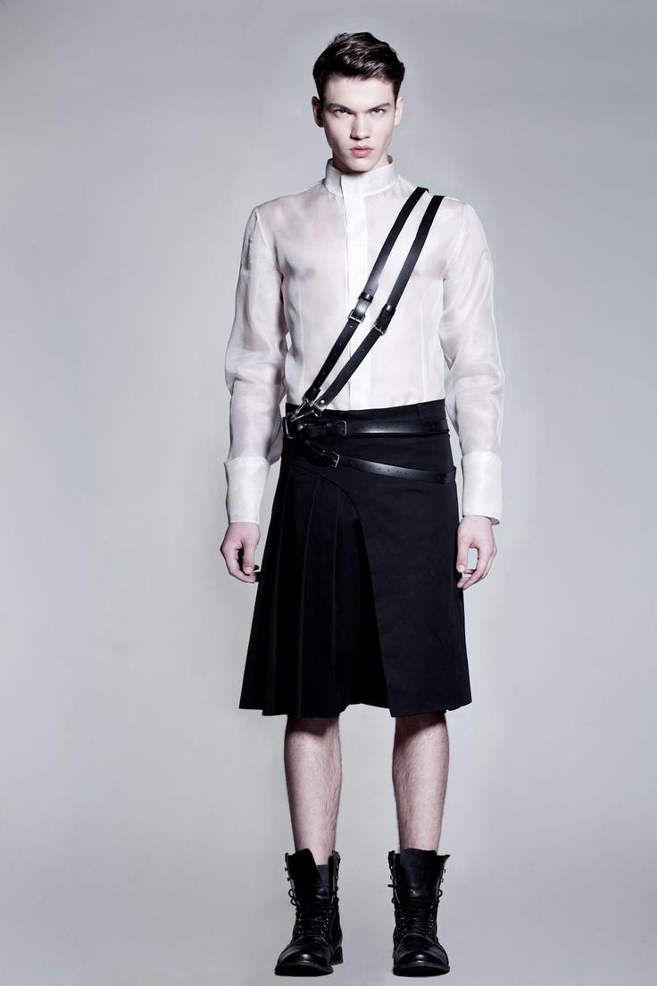 skirt + Miss Malva accesories. <3