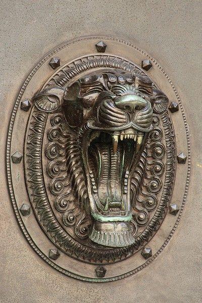 Door decoration, 7 Water Street, Liverpool