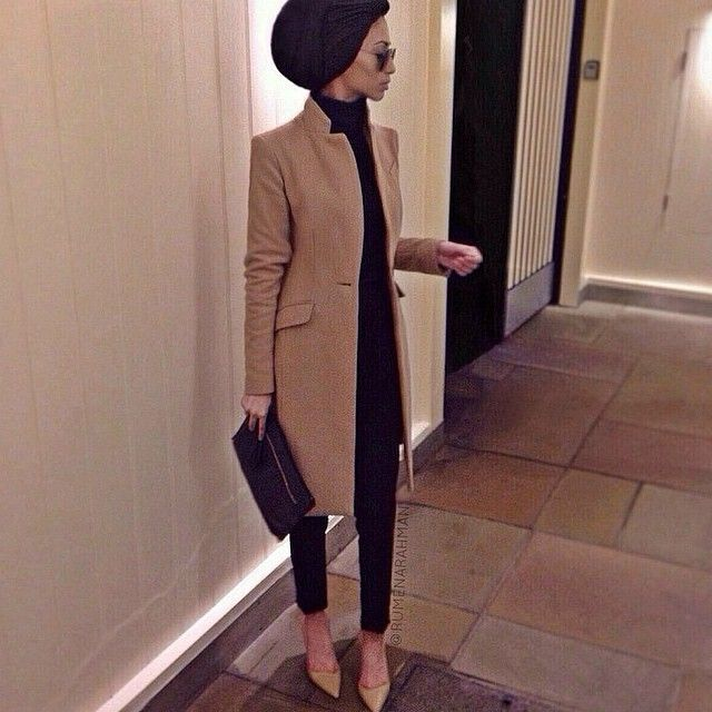 "3,323 Likes, 140 Comments - Simply Covered (@simplyxcovered) on Instagram: ""@rumenarahman #simplycovered #chic """