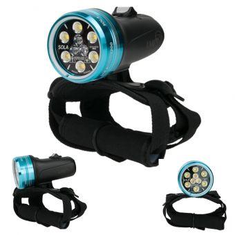 Light & Motion SOLA Dive 1200 S/F Tauchlampe (schwarz) max. 500/1200 Lumen 12°/60°. Die kleinste wiederaufladbare Taucherlampe von L&M im TauchShop wasserspottbilliger. Optische Anzeige für Leistungsmodus, Batteriestatus und Batterieladung. Bis zu 1200 Lumen. Tauchen.