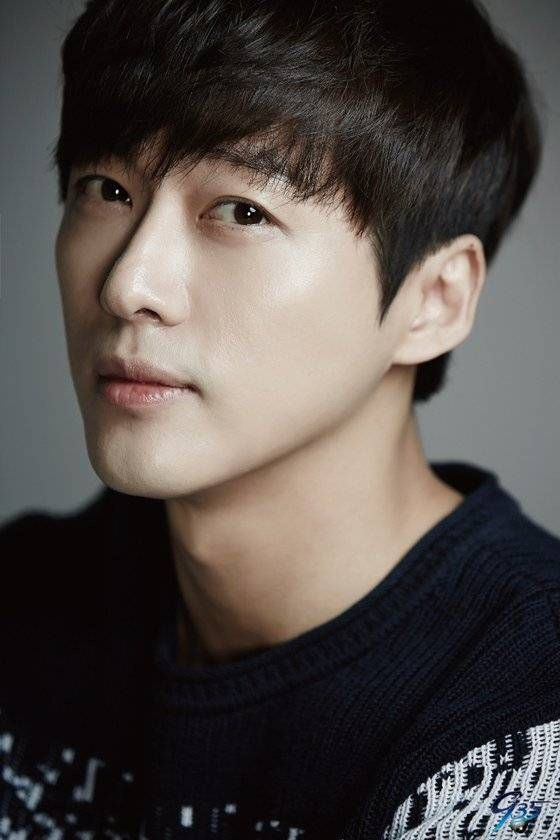 Nam Goong Min <3 took a while for him to grow on me but after resisting i've finally fallen for him <3