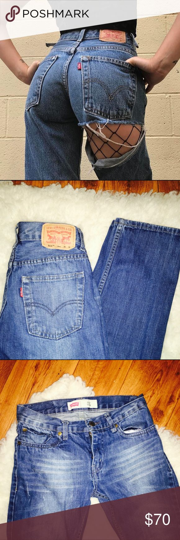 🌜LEVIS vintage 511 Ripped Jeans 🌜Levis 511 Ripped Denim Jean Shorts.  90's style. Vintage. Distressed. blue denim.  High waisted. Skinny cropped jeans  Good condition.  Size 26 Super Cute!! Great condition Levi's Jeans Skinny