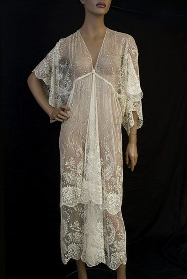 Silk lace peignoir, early 1920s, from the Vintage Textile archives.