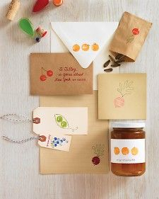 Easy ways to keep little ones entertained all summer long.Summer Crafts, Marthastewart, Wine Corks, Activities For Kids, Kids Crafts, Summer Activities, Gift Tags, Martha Stewart, Corks Stamps
