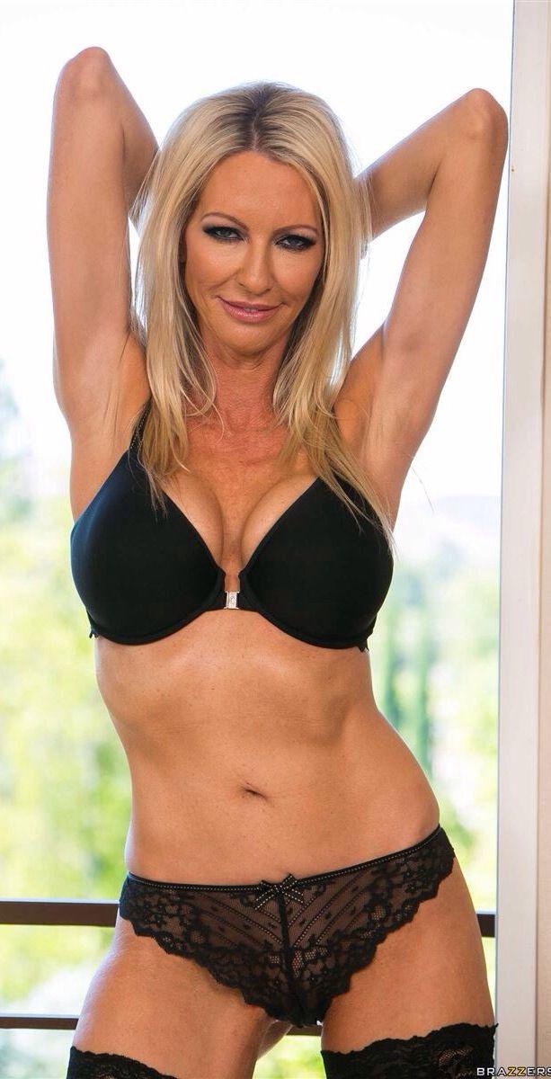 Emma Starr Nude Photos 43