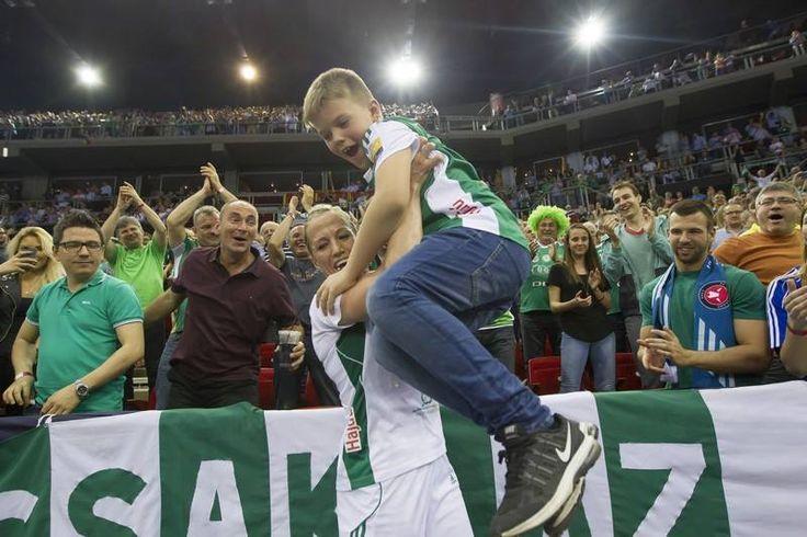 Heidi Löke and her son