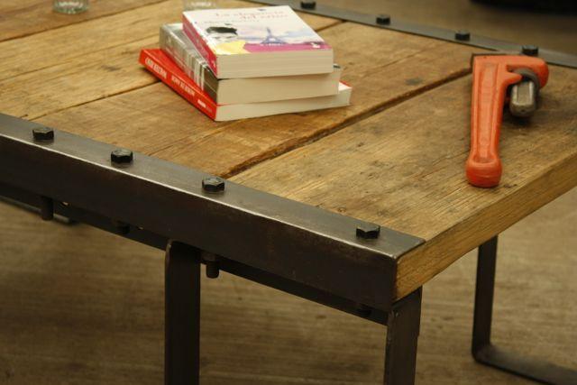 Mesa central industrial con sabor a vintage en madera hierro madera y hierro - Mesa madera industrial ...