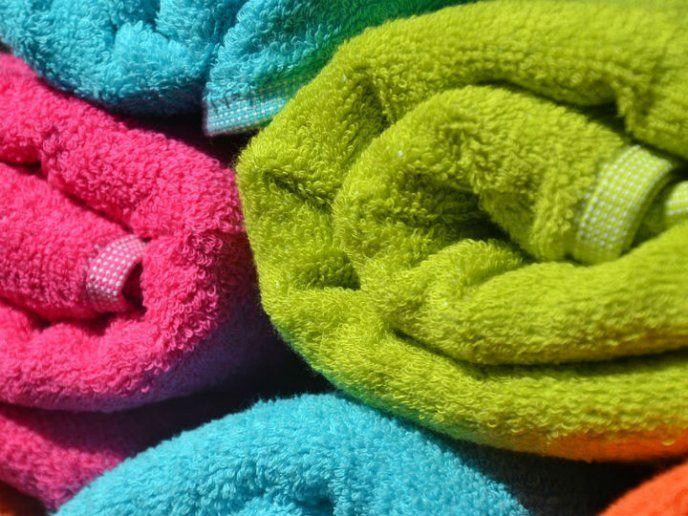 Descubre El Truco Para Eliminar El Olor A Humedad De Tus Toallas Toallas Como Quitar Toallas De Baño