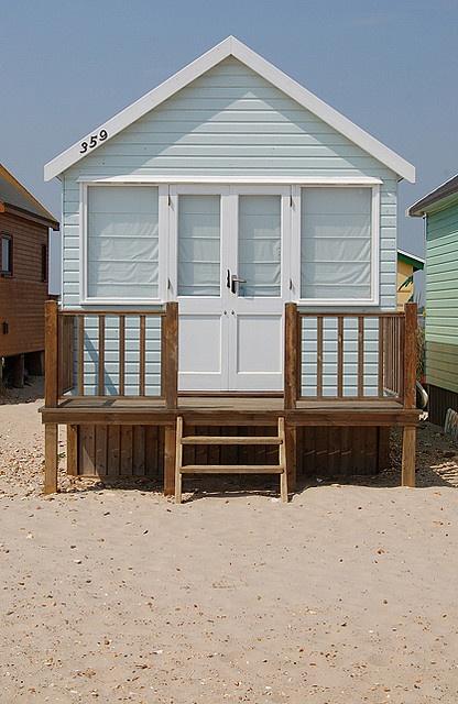 Beach huts (photo by me, dancinggecko)