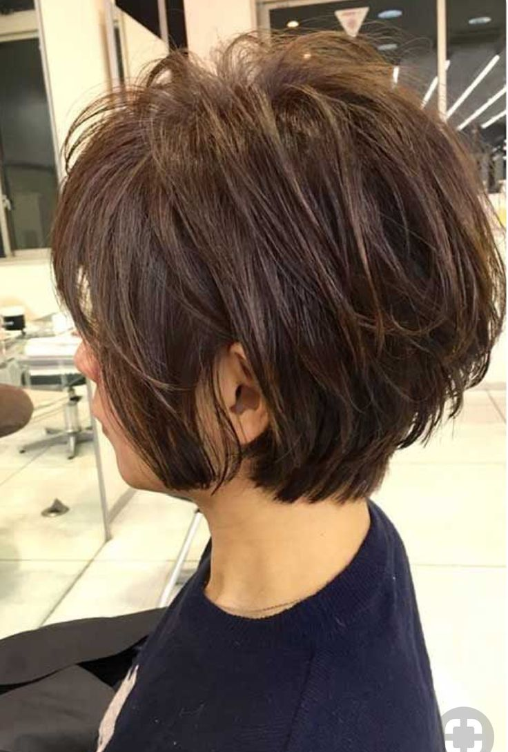 Like this cut for short hair ,but it would be really pretty with blonde .