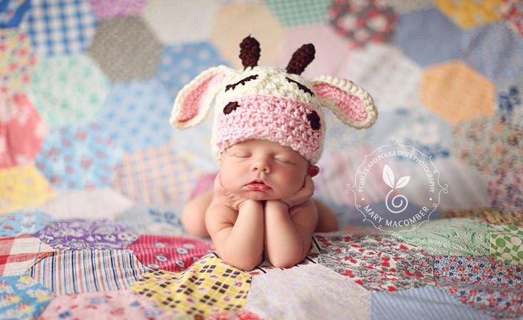 Lots of beautiful photography on this blog...especially babies!  Really great ideas...