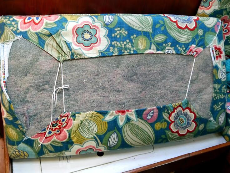 Cheap and Easy Boat Tricks: Covering Salon Cushions | Little Cunning Plan