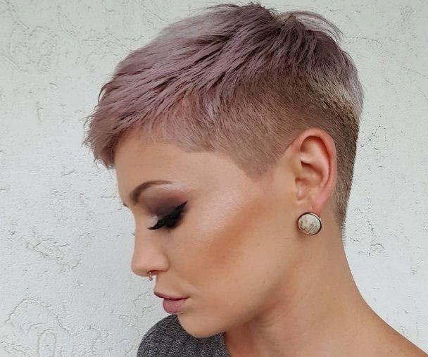 Frisuren Fur Damen Frisuren Stil Haar Kurze Und Lange Frisuren In 2020 Frisuren Kurze Haare Braun Schone Frisuren Kurze Haare Frisur Oktoberfest Kurze Haare