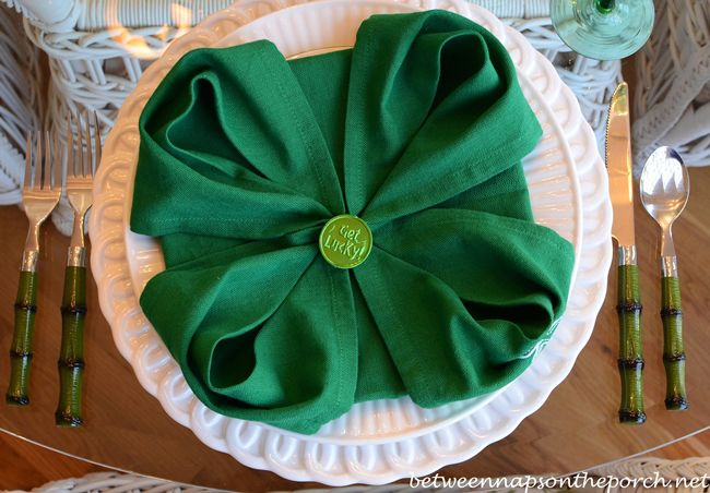 Set a lucky table with 4-Leaf Clover Napkin Fold tutorial for a festive St. Patrick's Day Table Setting