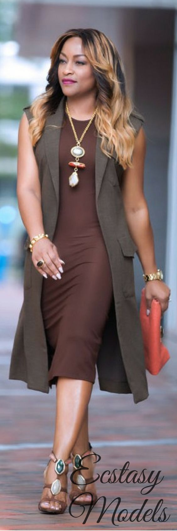 SLEEVELESS TRENCH COAT // Fashion Look by Style Your Selfie