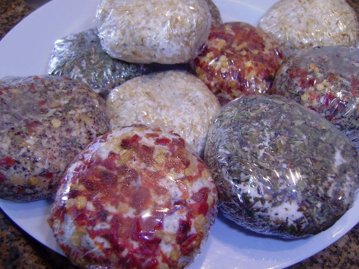 Chancliche é uma iguaria Árabe facílima de se preparar em casa.   O segredo para fazer um Chancliche delicioso é usar uma  ricota  de qual...