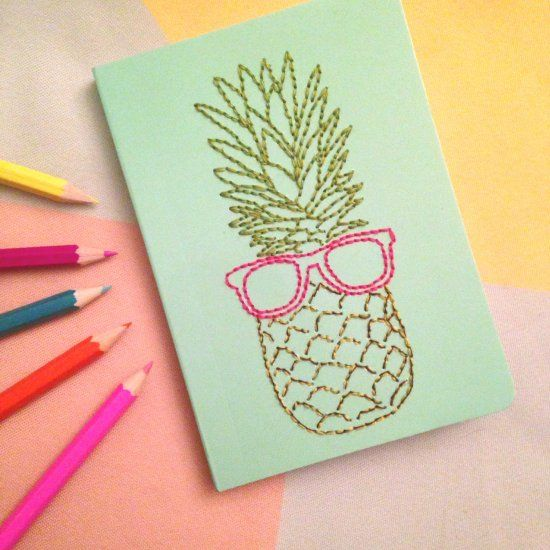 A step by step tutorial for embroidering notebooks, suitable for crafters of all skill levels!