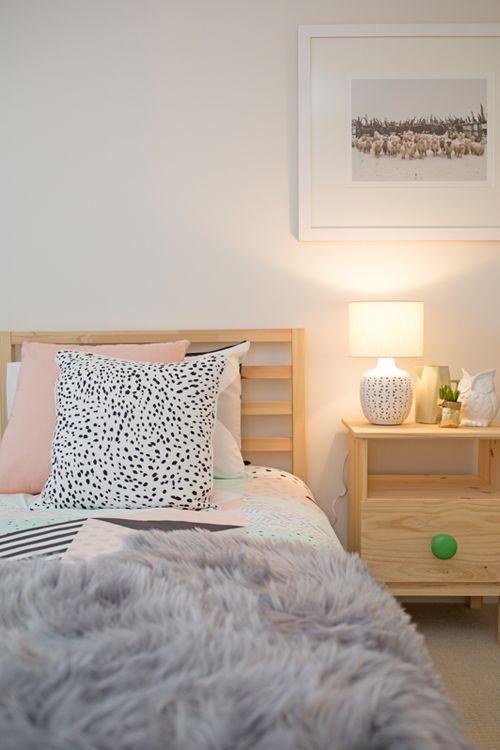 Kids bedroom, kids twin bedroom, girls bedroom, geometric bedding, faux fur thro…
