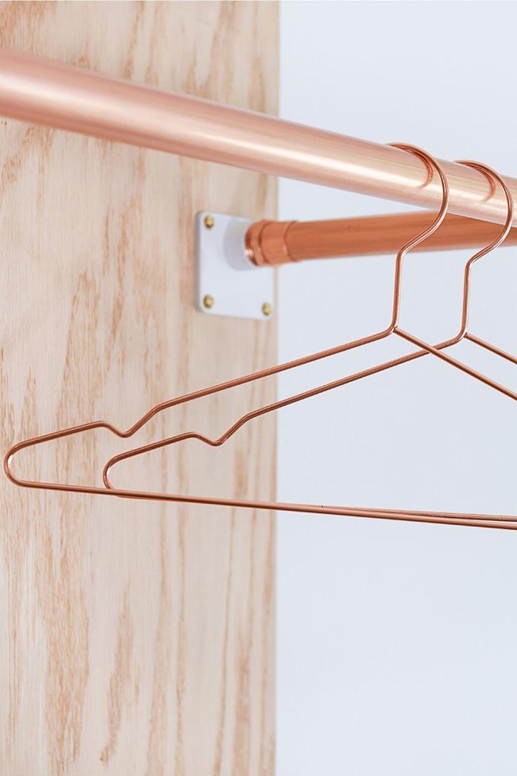Modern Minimalist Copper Wire Hangers
