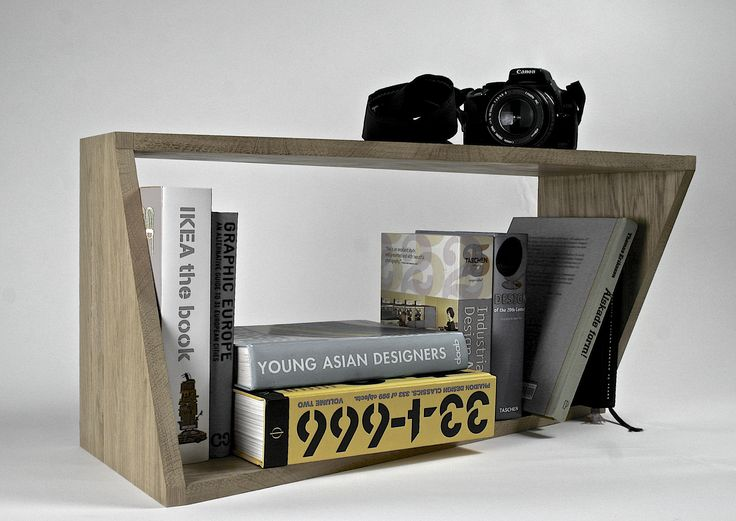 Angle, bookshelf made at Lund University of Industrial Design, Bachelor year 1, Isis Flote