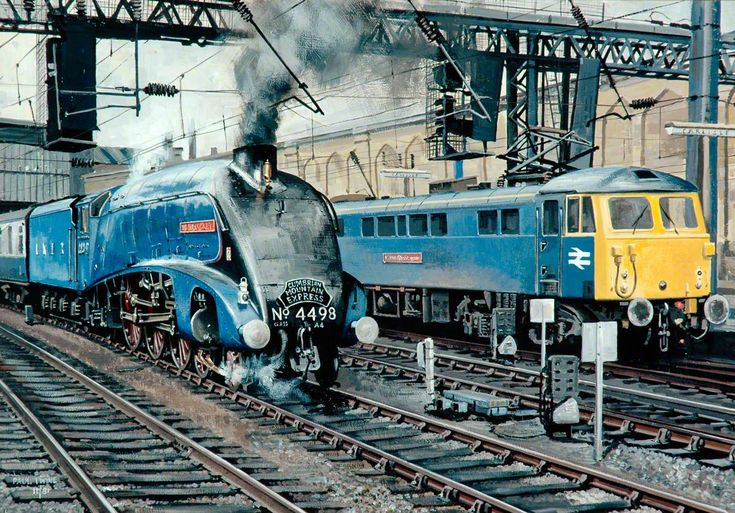 A4 Locomotive No.4498 'Sir Nigel Gresley' and Class 87 Electric Locomotive No.87034 'William Shakespeare' at Carlisle Station