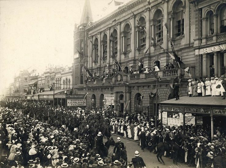 First Anzac Day parade on Queen Street in Brisbane 1919