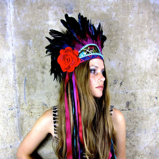 Frida - Vibrant feather headdress