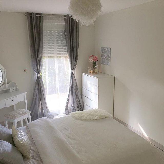 1000 id es sur le th me carte vip sur pinterest cartes de visite ic nes et design de cartes. Black Bedroom Furniture Sets. Home Design Ideas