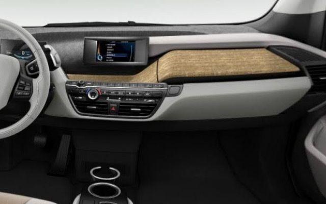 La testimonianza di un felice proprietario di un'auto a zero emissioni Testimonianza di un entusiasta proprietario di un EV (Electric Vehicle): BMW i3 REx (auto elettrica della casa bavarese ad autonomia estesa).  Descrizione di come è mutato il suo stile di guida; di #autoelettrica #bmwi3rex