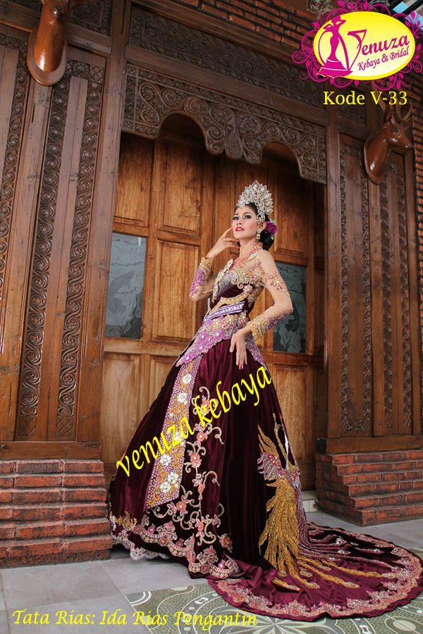 www.venzakebaya.net  {TREND KEBAYA }  Venza mendesain secara eksklusif: Kebaya Wisuda, Kebaya Pesta, Kebaya Akad, Kebaya Pernikahan, Kebaya Gaun Pengantin, Gaun Pesta, Gaun Muslimah, Batik. (PAKET MURAH: Menyewakan Kebaya ready stock/persewaan perdana sesuai request).  CARA PEMESANAN;  Sebut Kode Kebaya via sms/telpon. PHONE: 031-8070475 / 08123286998(WhatsApp) / 081934692288 / 085730515988 WORKSHOP: Jl. Jendral Sudirman VI no 4 Perum Taman Jenggala. Sidoarjo- Jatim.