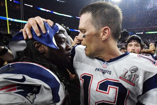 After leading the NFL in rushing touchdowns last season, LeGarrette Blount is deciding if he wants to accept the New England Patriots…