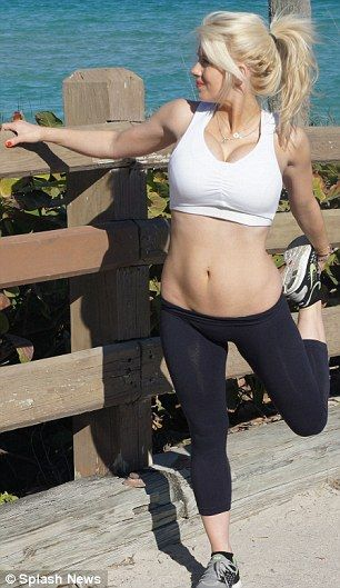 Shayne Lamas TWO months after giving birth! I think her body is beautiful!