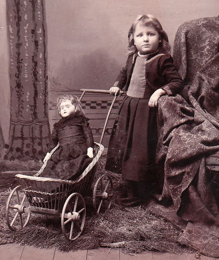 Антикварная кукла фото