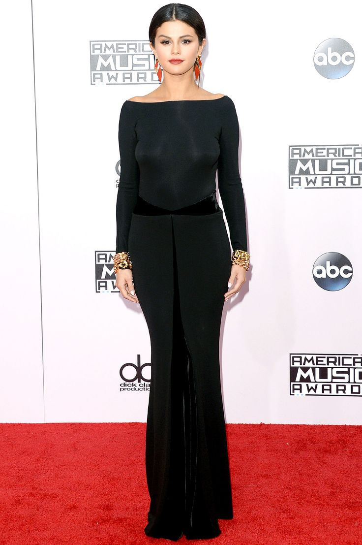 Black dress hairstyle - Best Dressd At Amas 2014 Selena Gomez In Low Bun Chignon Updo Hairstyle Wearing Chic