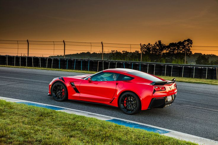 Want To Save $4k On A New Corvette? Go To Work At Taco Bell