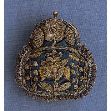 Purse. England, ca. 1680 Silk, decorated w/ metal thread, with metal mount. Victoria and Albert Museum.