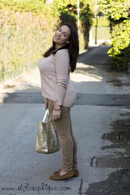 STYLOSOPHIQUE - Moda, Make Up & Lifestyle: OUTFIT || Colori pastello e glitter