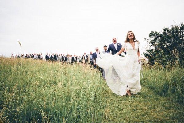Ils courent tous après la mariée!