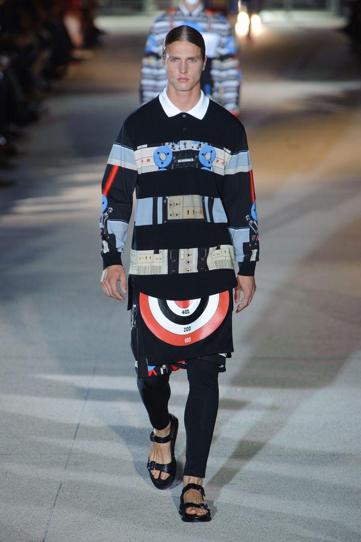 Défilé Givenchy Homme Printemps-été 2014 Paris