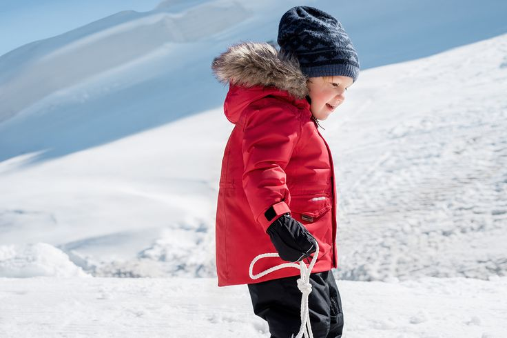 Encourage kids to play and explore outdoors by dressing them up with functional Reima clothes.