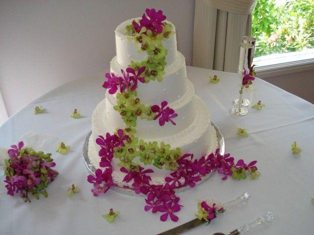 http://static.pourfemme.it/pfmatrimonio/fotogallery/625X0/19939/torta-nuziale-fiori-orchidee-rosa-e-verdi.jpg