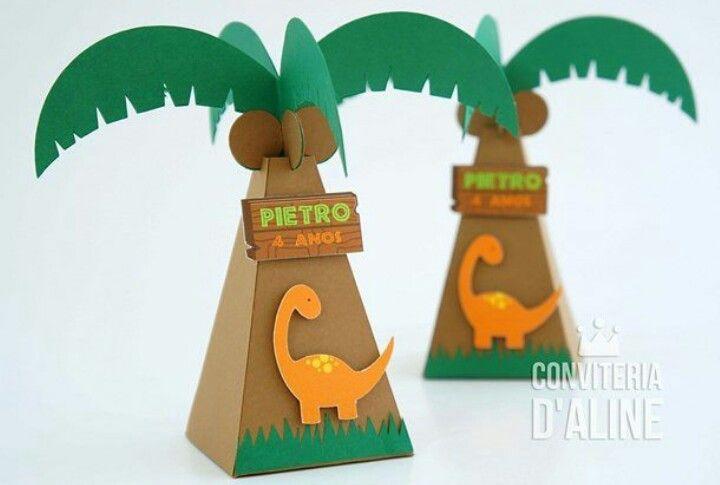 Caixa triângulo Dinossauros