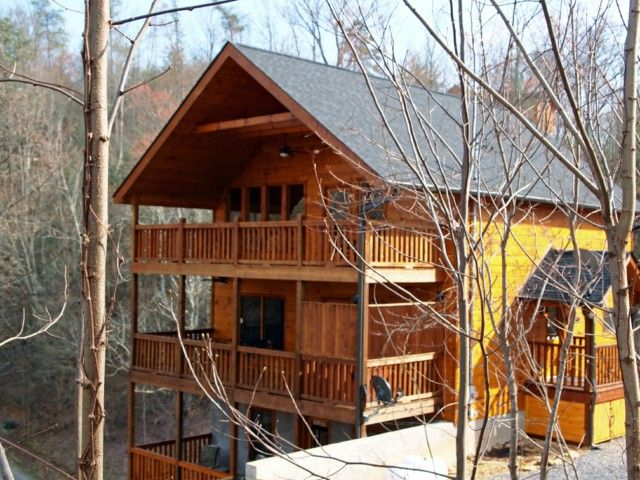 Words Cannot Describe Mountain Music This Lavish 3 Bedroom Custom Built Cabin Situated A Short