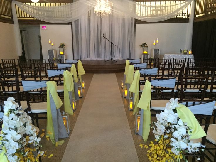 indoor ceremony at The Cocoa Room
