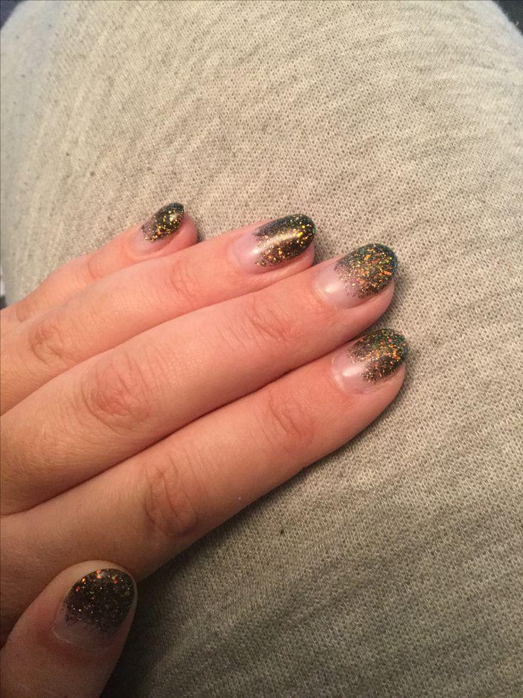 Zwart groen gouden glitter nagels