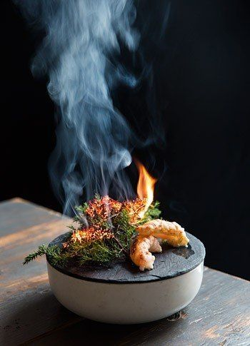 Jomfruhummer—a smoking plate of Norwegian lobster, parsley, juniper, and beetroot—at Höst.