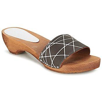 Een must-have voor dit seizoen! Deze instapper is ontworpen door Sanita, met een 100% eigentijdse grijze kleur! Arense is van leer, perfect voor het comfort van je voeten. De hak van 5 cm geeft je een trendy look! Verwen jezelf met deze instapper die voorzien is van een leren binnenzool. Met deze schoenen ga je comfortabel door het leven! - Kleur : Antraciet - Schoenen Dames € 54,90
