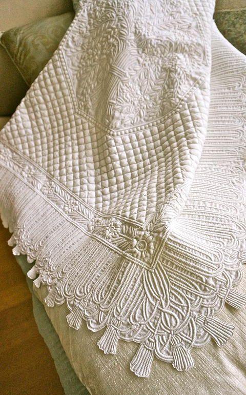 1000 images about whole cloth quilts boutis on pinterest - Creation et savoir faire ...