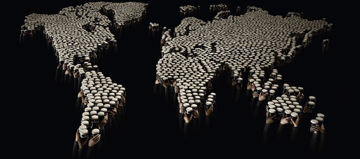15,000 Guinness Glasses Combine to Form Dynamic Images - My Modern Metropolis