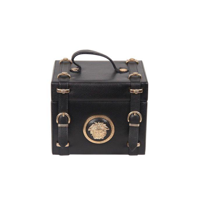 Gianni Versace - Vintage zwart Medusa trein geval leerzak - zeldzaam Collector's item  Zeldzame & vintage 'Gianni Versace Couture' ijdelheid tas uit de late jaren 80 - begin jaren 90 met Medusa hardware.Top carry handle grote iconische Medusa hoofd op de voorzijde en beschermende onder voeten.-Merk: GIANNI VERSACE Couture-gemaakt in Italië-Logo's / Tags: 'GIANNI VERSACE Couture' label binnen-Conditie: B goede conditie - sommige lichte slijtage van gebruik.-Voorwaarde details: helaas de…